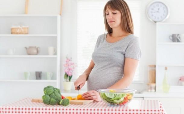 نظام غذائي للحامل من أجل نمو قلب الجنين وتقوية عظامه