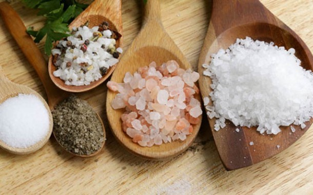 الملح: أنواعه وخصائصها وأي نوع تختارون للاستخدام في منازلكم