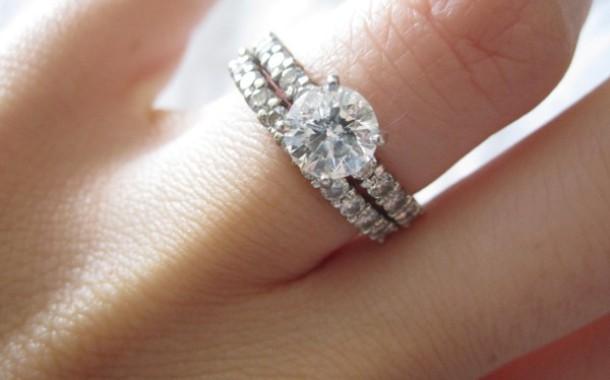 تاريخ خاتم الخطوبة و خاتم الزواج